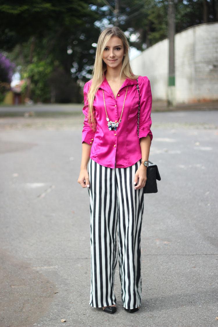 look-da-onca-striped-pants-calca-listras-preto-e-branco-calca-p-e-b-camisa-pink-tendencia-pink-rosa-inverno