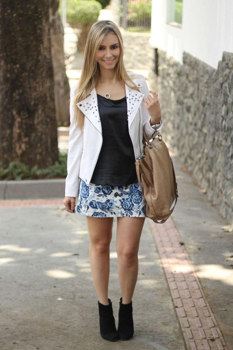 look-saia-estampa-porcelana-thelure-inverno-camisa-preta