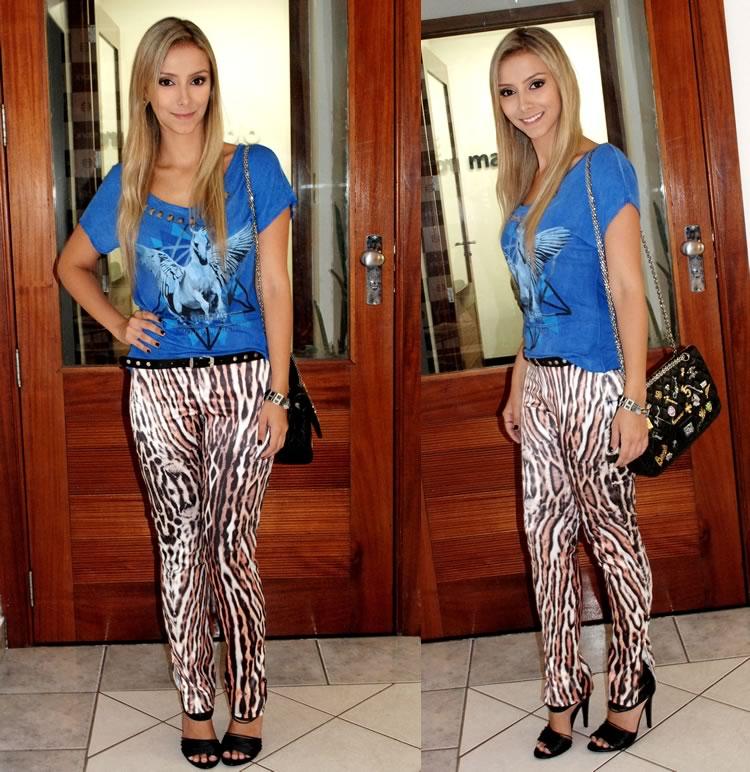 kodifik-look-blusa-azul-calca-oncinha