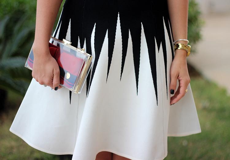 look-da-onca-meu-niver-vestido-tricot-preto-e-branco-modelo-princesa-vestido-rodado-vestido-que-emagrece