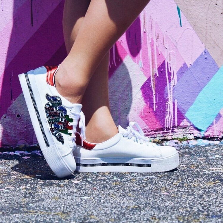 tenis-constance-gucci-inspired-cobra-branco-deborah-zandonna-look-wynwood-walls-miami-wynwood-district