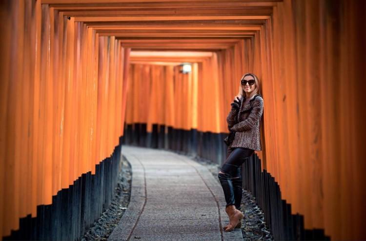 Deborah-zandonna-japao-kyoto-look-tricot-calca-couro-bota-western-boots